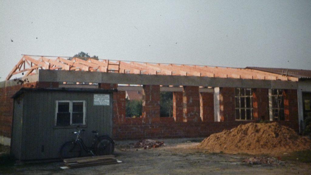 1980 – Der Laubker Gemeinschaftsraum wird erbaut